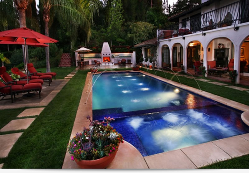 Beverly hills pool builders los angeles pool builders for Pool design los angeles